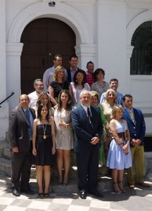 Los concejales de la nueva corporación de Ubrique, en la escalinata del Ayuntamiento.