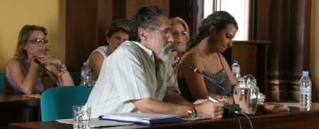 El portavoz de IU, José García Solano, en el pleno del 15 de julio de 2011