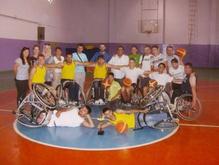 Baloncesto sobre ruedas.