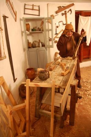 Recreación de carpintería de la época.