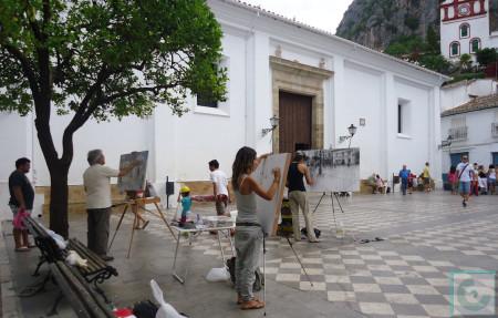 Pintores en la Plaza del Ayuntamiento, durante la mañana del 7 de septiembre de 2013.