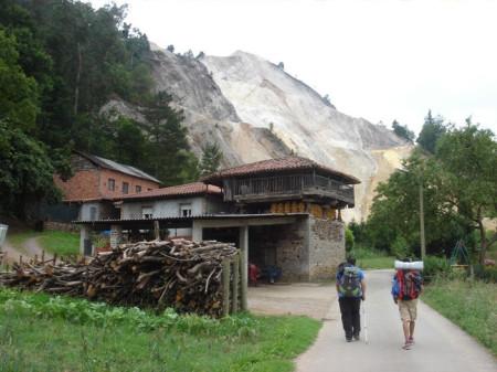 Edificios actuales del camino primitivo.