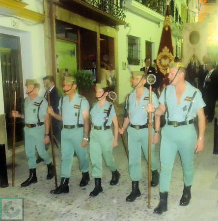 Legionarios en el desfile procesional.