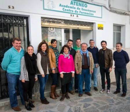 Participantes en el curso de iniciación a la fotografía impartido en febrero-marzo de 2014.