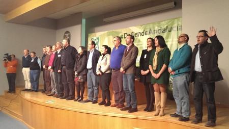 Javier Cabezas, con otros miembros del comité provincial del PA, en la clausura de la asamblea.