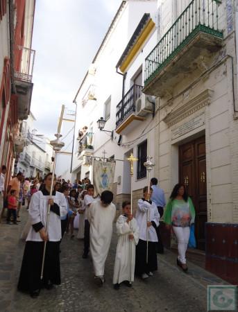 La procesión, a la altura de la casa donde vivió el Beato Diego José de Cádiz