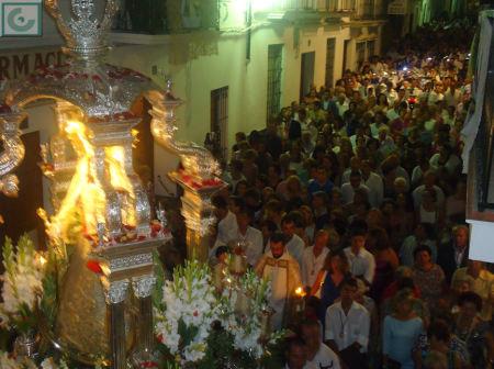 La procesión de la patrona, por el casco antiguo.