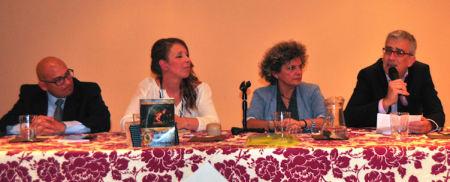 Participantes en la presentación del libro.