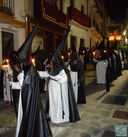 Penitentes del paso de la Virgen.