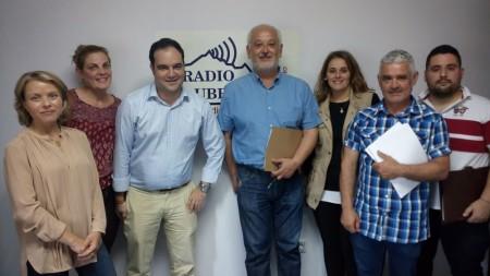 Manuel Toro y otros miembros de la candidatura del PP (Foto: Radio Ubrique).