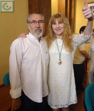 La nueva edil de Izquierda Unida, Pepi Morales Girón, y el concejal saliente de IU, José García Solano.