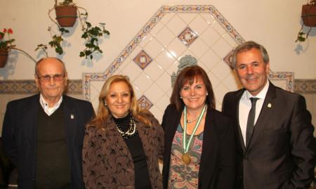 La ubriqueña María del Pilar Gil Hernández, con José Ortega, Pili Fuentes Gómez y Carlos Santos Valle.