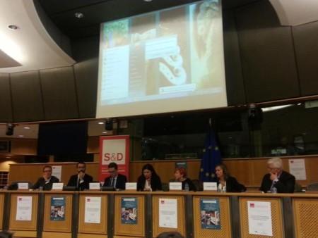 Isabel Gómez, en el seminario celebrado en el Parlamento euopeo.