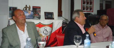 Enrique Lora, durante el coloquio.