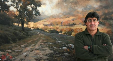 Pedro Lobato Hoyos, ante uno de sus cuadros. Fuente: Pintores de Ubrique.