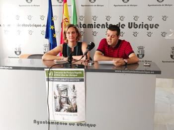 La alcaldesa, Isabel Gómez, y el concejal de Cultura, José Manuel Fernández.