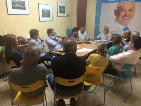 Reunión del comité local del PP de Ubrique con el portavoz del PP en la Diputacion.