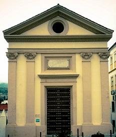 Ermita de San Pedro, donde se ubica el salón de plenos.
