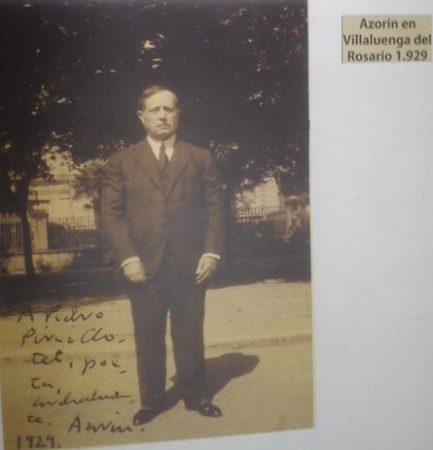 Foto de Azorín, dedicada a Pérez Clotet.