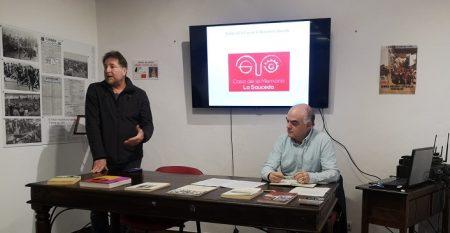 El conferenciante, Fernando Sígler, presentado por el presidente de la asociación, Andrés Rebolledo.