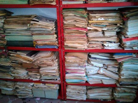 El archivo de Jesús Ynfante, en su casa de Los Barrios, antes de su traslado a la Casa de la Memoria.