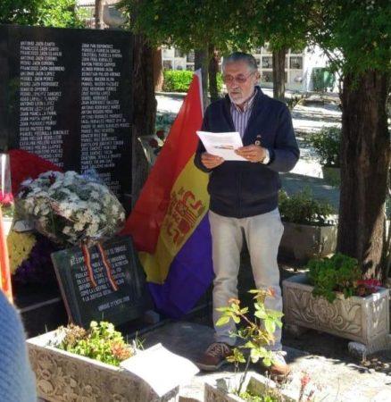 José García Solano, durante la lectura de un manifiesto.