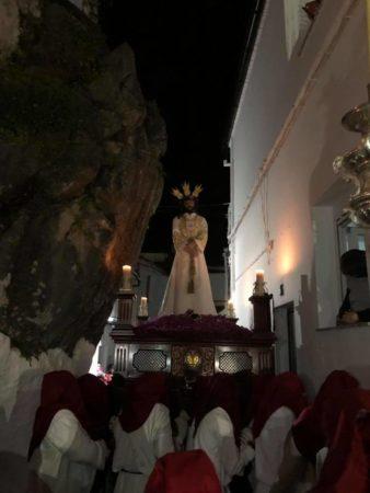 La imagen del Cautivo, a su paso por el Peñón de la Becerra (Foto: facebook de la Parroquia Nuestra Señora de la O).