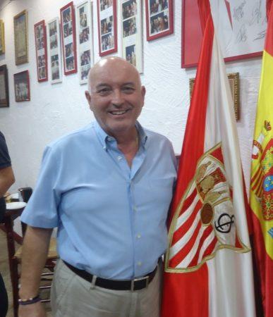 Manuel Angulo, presidente en 1987-1989.