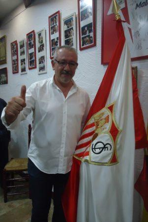 Jerónimo Gómez Lobo, pregonero del Caranaval de la Peña Sevillista en 2006.