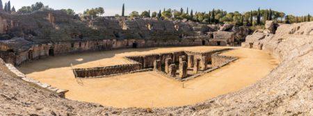 Anfiteatro de Itálica (Foto: Wikimedia // Diego Delso // CC BY SA 4.0).