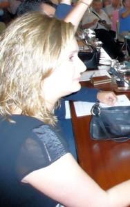 Isabel Gómez (PSOE), durante el pleno de investidura.
