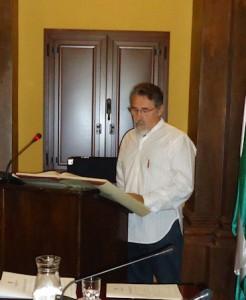 José García Solano (IU), durante su discurso en el pleno de investidura.