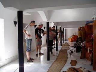Visita del colectivo alemán al Museo de la Piel (Foto: Paco Solano)