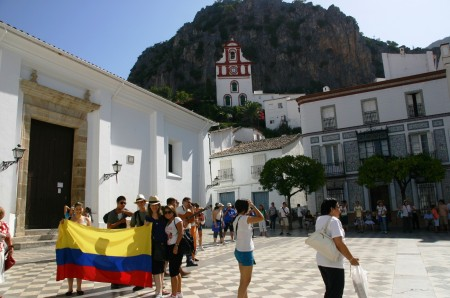 Peregrinos colombianos, en Ubrique el 15 de agosto de 2011.