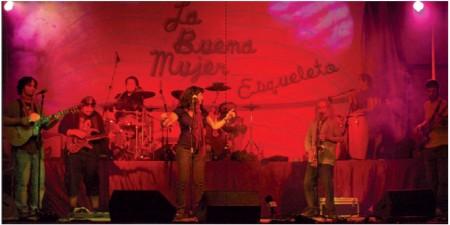 La Buena Mujer, en concierto.