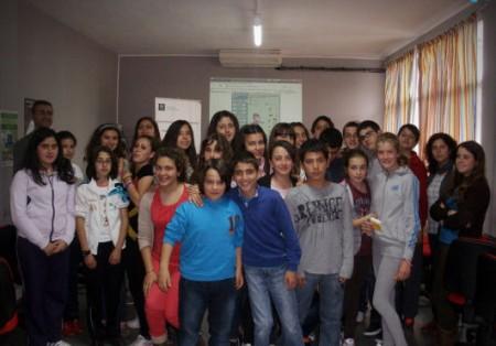 Participantes en el juego de simulación empresarial.