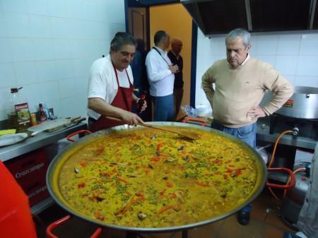 Paella preparada por José Martel.