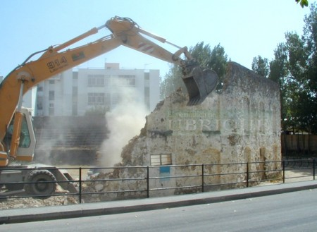 Decimoquinto aniversario de la destrucción de la antigua plaza de toros de Ubrique