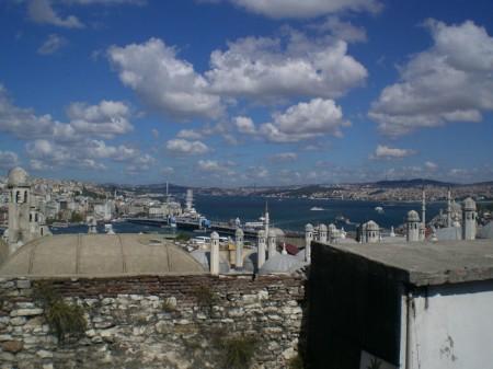 El cuerno de oro, el puente de Galata y el de Bogaziçi.