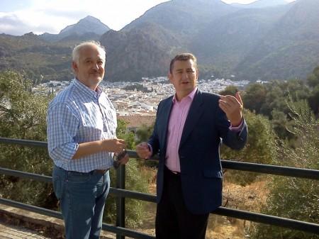 El alcalde, Manuel Toro, y el parlamentario Antonio Sanz.