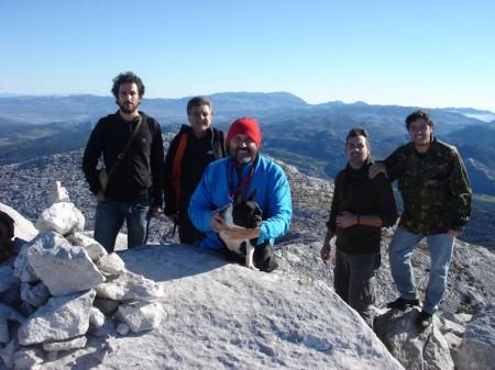 Nuestra caminata trataba de unir Grazalema con Villaluenga del Rosario a través de esta enigmática Sierra del Endrinal.