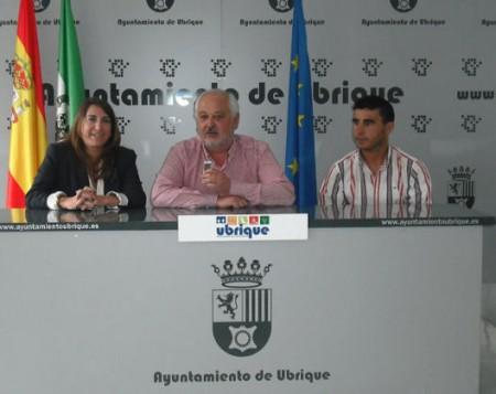 Inmaculada Oliveira, Manuel Toro y Víctor Chaves.