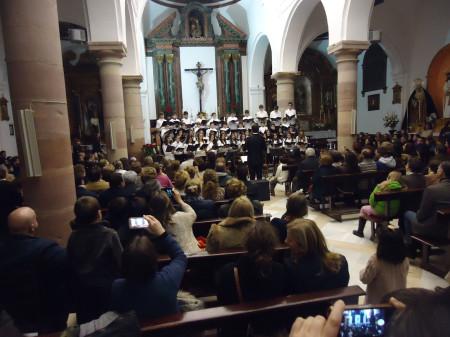 El Coro de Voces Blancas, dirigido por Juan Antonio Aibar.