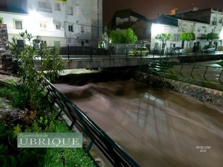 Río Ubrique el 9 de febrero de 2014 (FotoJuande).