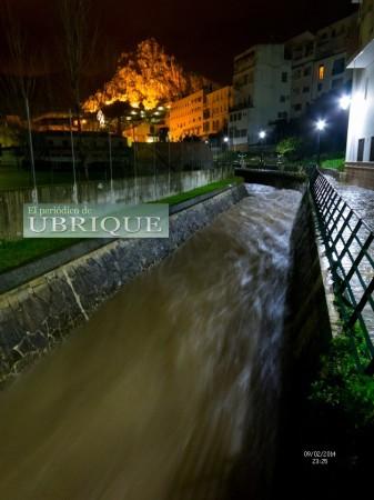 Una perspectiva del río Ubrique el 9 de febrero de 2014 (FotoJuande).