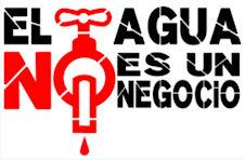Cartel de IU contra la privatización del servicio de agua.