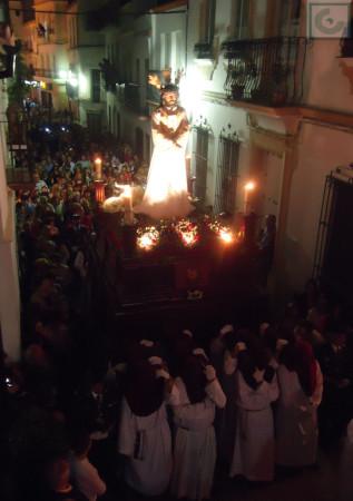 La procesión del Cautivo, por el casco antiguo.