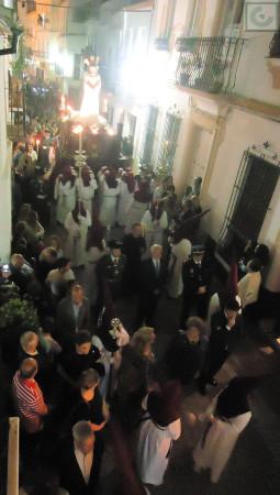 La procesión de Jesús Cautivo, por la calle Botica.