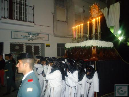 El paso de la Virgen de los Dolores, por la calle Toledo.