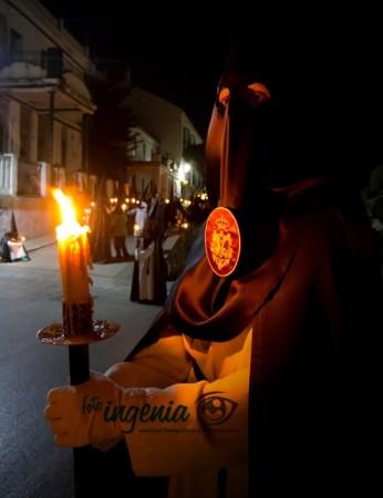 Penitente ante la Virgen de la Estrella (foto: fotoIngenia)